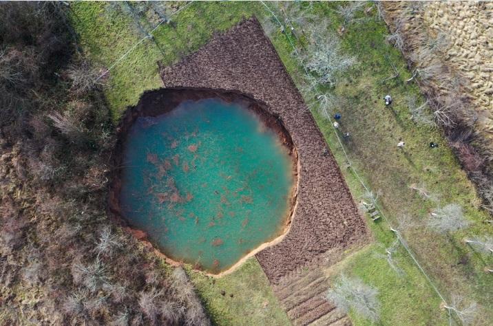 Croazia: dopo il terremoto si formano enormi voragini