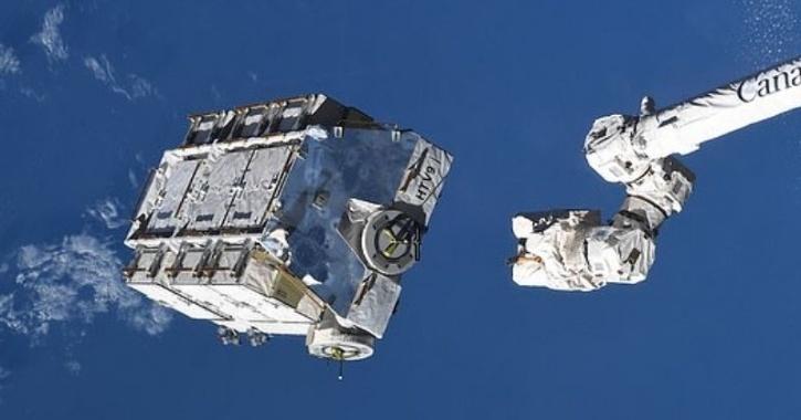 La Stazione Spaziale rilascia in atmosfera cargo di 2,9 tonnellate di rifiuti