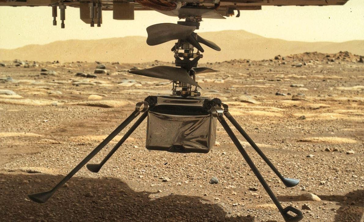 Marte, il drone Ingenuity ha disteso tutte le gambe. La data del volo