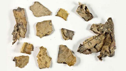 Gerusalemme: scoperto  manoscritto biblico di oltre 2.000 anni fa e i resti mummificati di un bambino