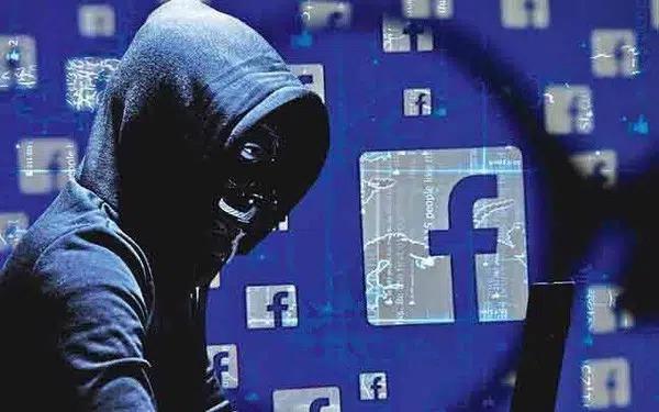 Facebook: oltre 500 milioni di dati iscritti rubati da hacker