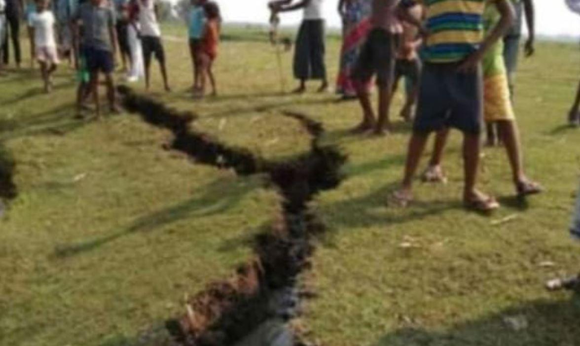 Violento terremoto magnitudo 6 colpisce l'India: imponenti fratture si aprono nel terreno
