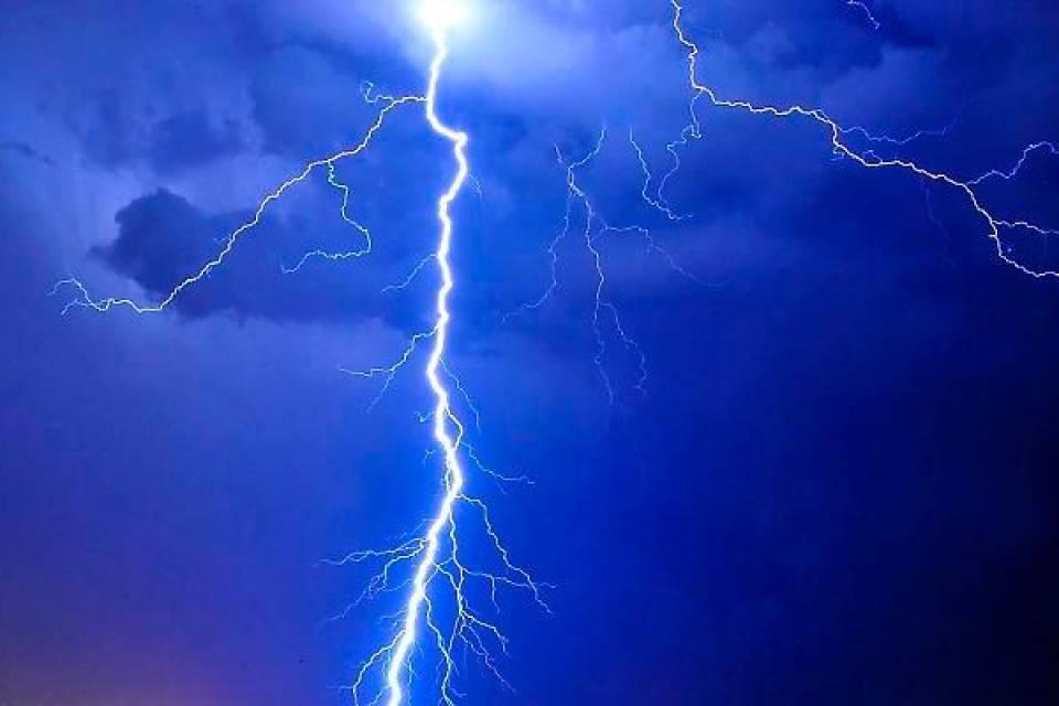 Vita sulla Terra anche grazie ai fulmini? Il nuovo studio