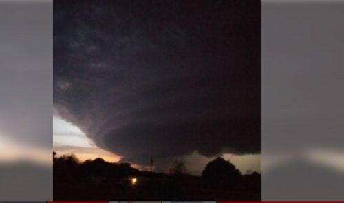 Texas: mostruoso temporale provoca grandinata record con danni e blackout