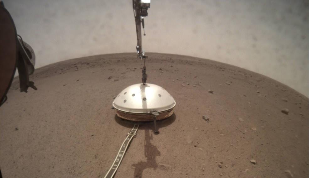 Marte: due terremoti scuotono Cerberus Fossae, la registrazione di InSight