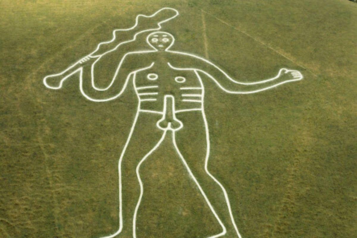 Inghilterra: scoperta la sorprendente età del misterioso Gigante di Cerne Abbas