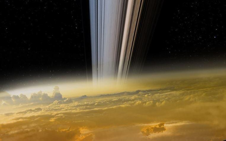 Spazio: scoperte piogge di elio liquido su Saturno