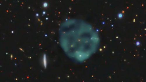 Spazio: scoperto enorme cerchio di energia.  È visibile solo nello spettro radio