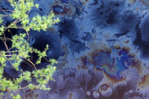 Siberia: petrolio fuoriesce da oleodotto. Oltre una tonnellata di greggio nell'ambiente