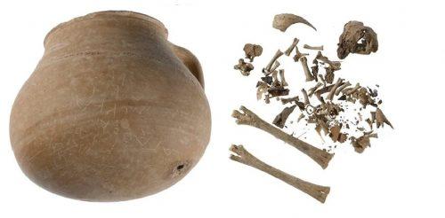 Atene: una maledizione rivolta a 55 persone su un vaso del 300 a.C.
