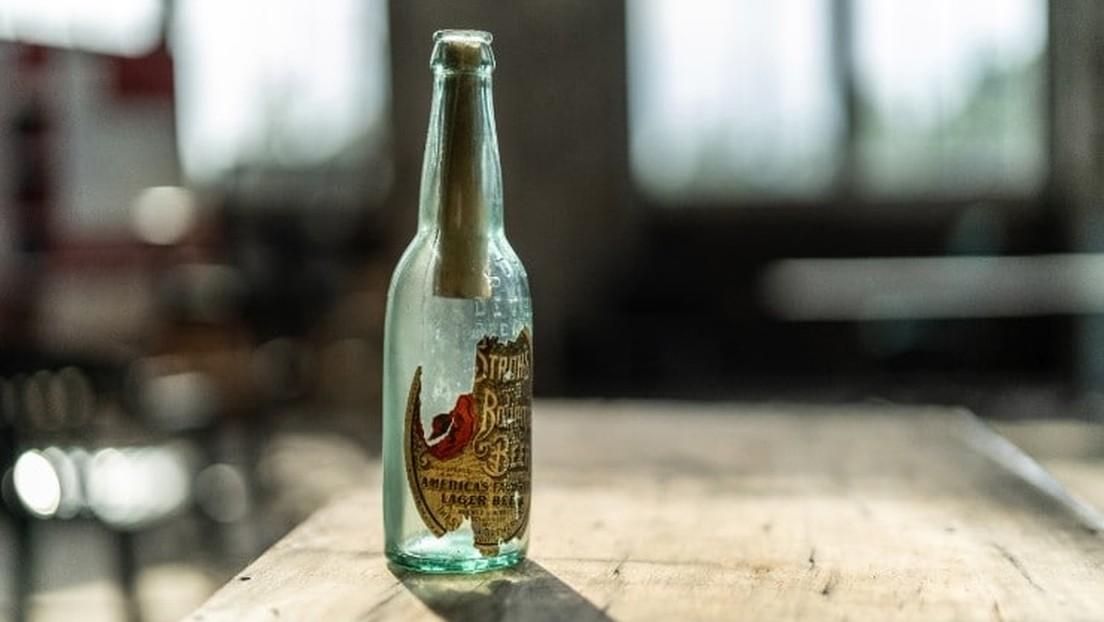 Un messaggio in una bottiglia di 108 anni fa scoperto in un edificio di Detroit