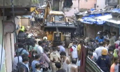 Maltempo disastroso: crolla un edficio a Mumbai: 11 morti, 8 feriti e 3 dispersi