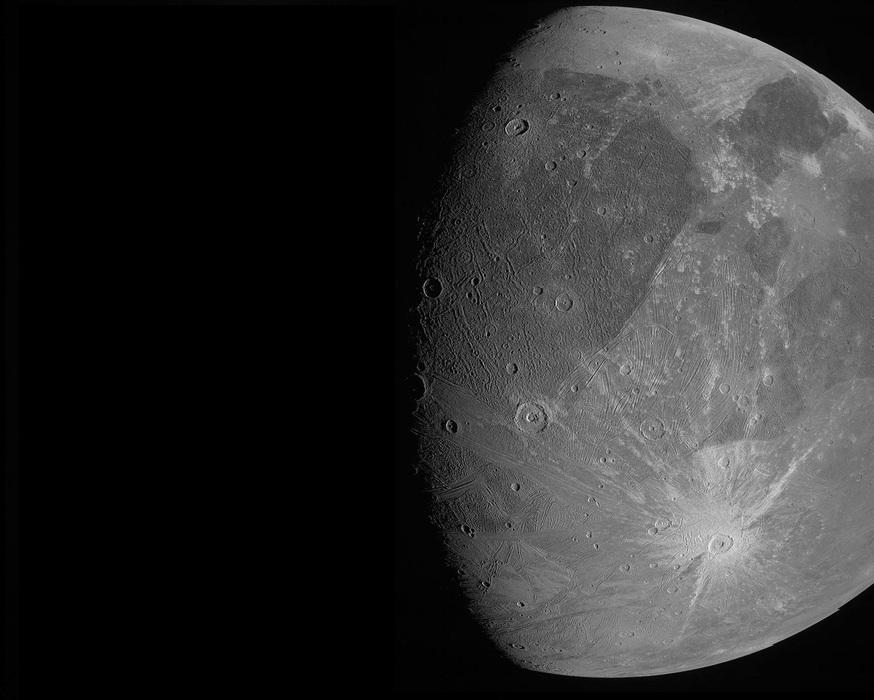 Ganimede: le prime immagini di JUNO del satellite più grande del Sistema Solare