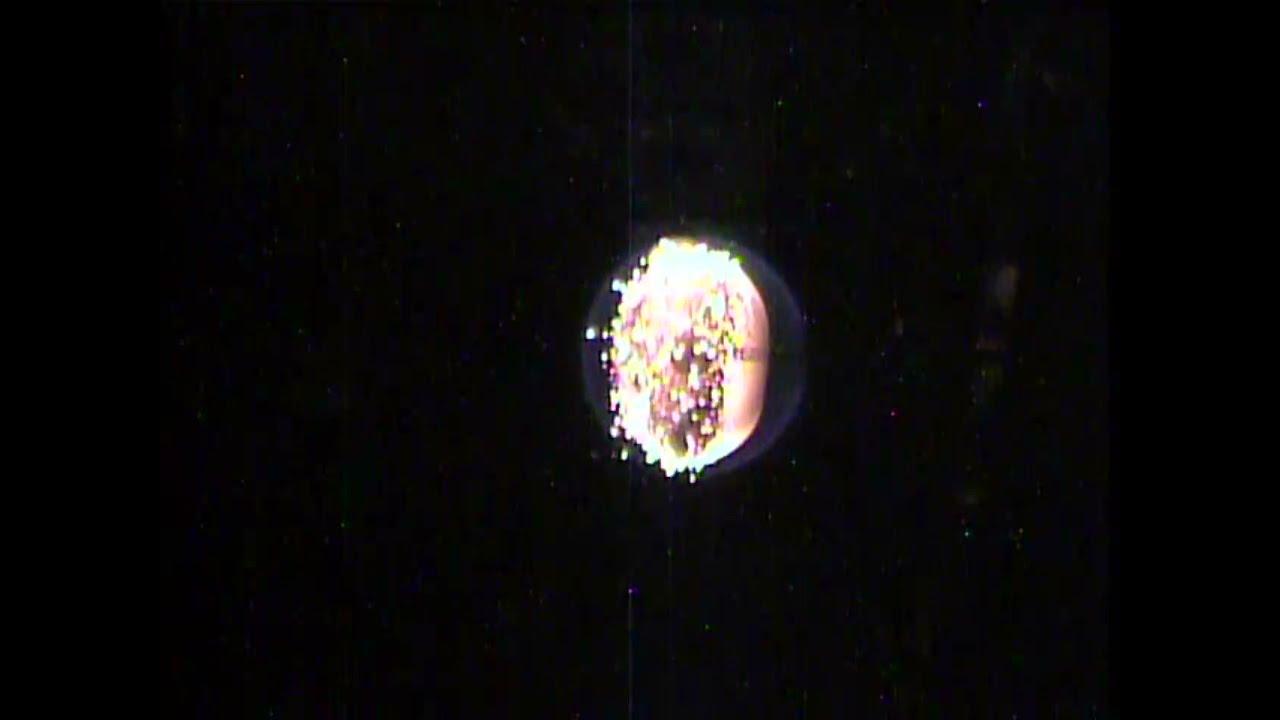 La scoperta della 'fiamma fredda' a bordo dell'ISS potrebbe rivoluzionare il mondo della combustione