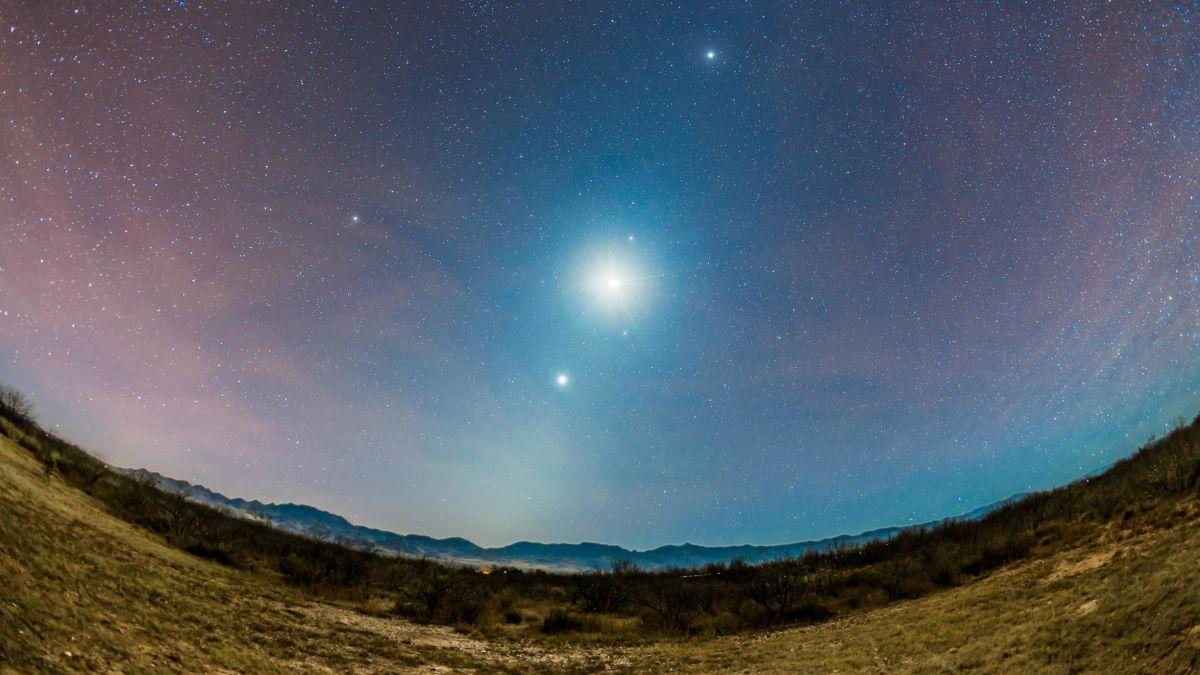 Congiunzione Venere: questa sera l'incontro astronomico