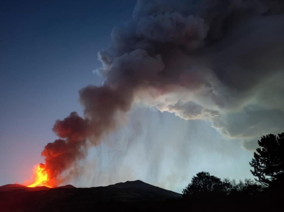 L'Etna si innalza: ora la vetta è 3.357 metri