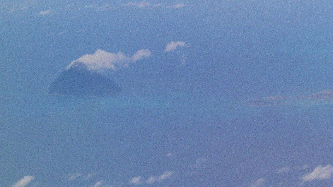 Un'eruzione vulcanica crea una nuova isola in Giappone