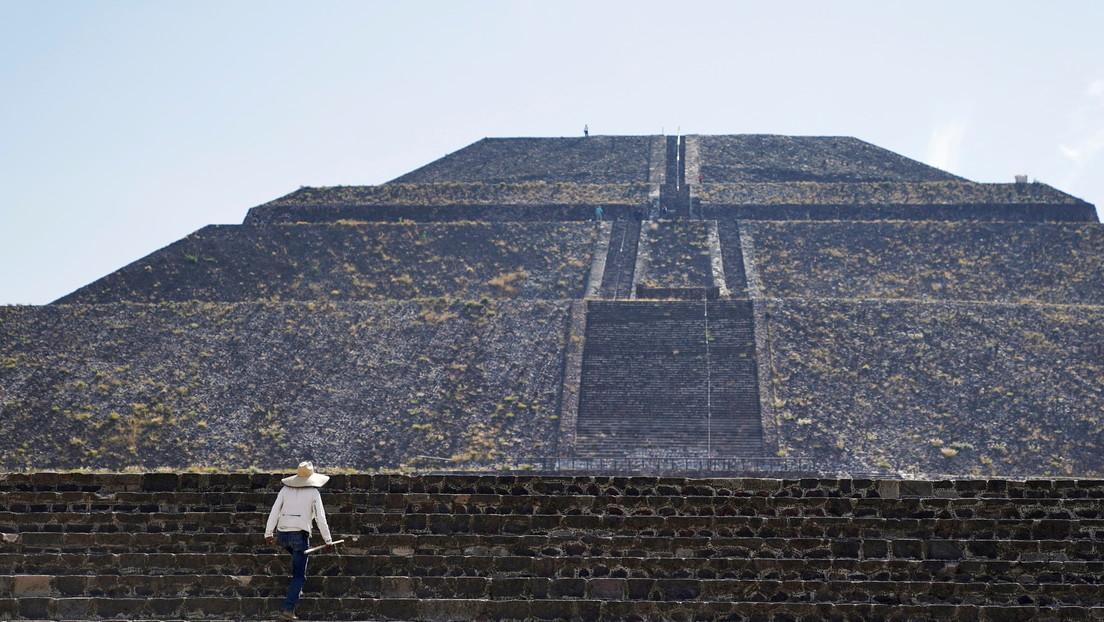 Piramide di Quetzalcóatl: scoperti mazzi di fiori risalenti a 2000 anni fa