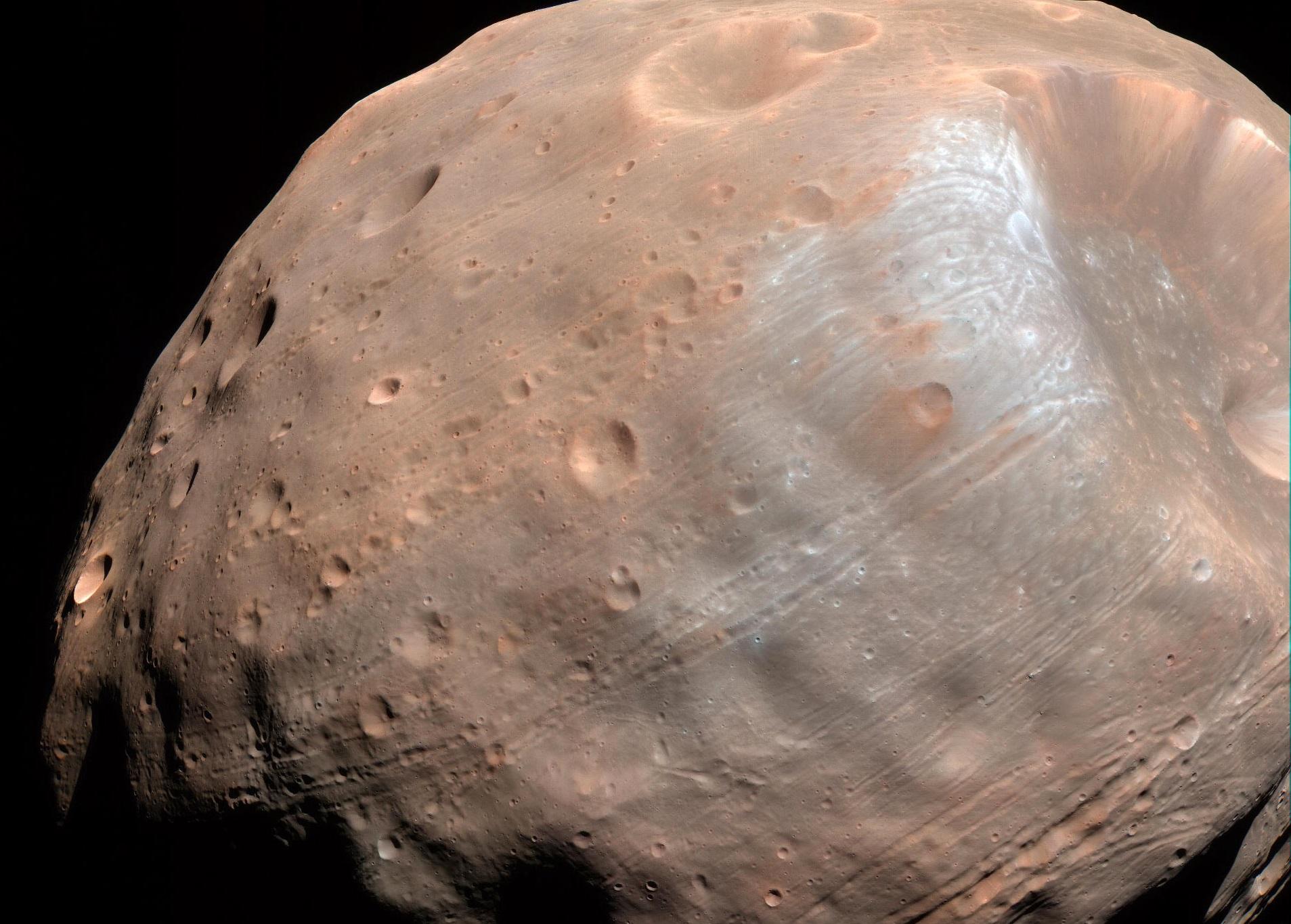 Vita extraterrestre: sulla luna di Marte Phobos le possibili tracce di microrganismi
