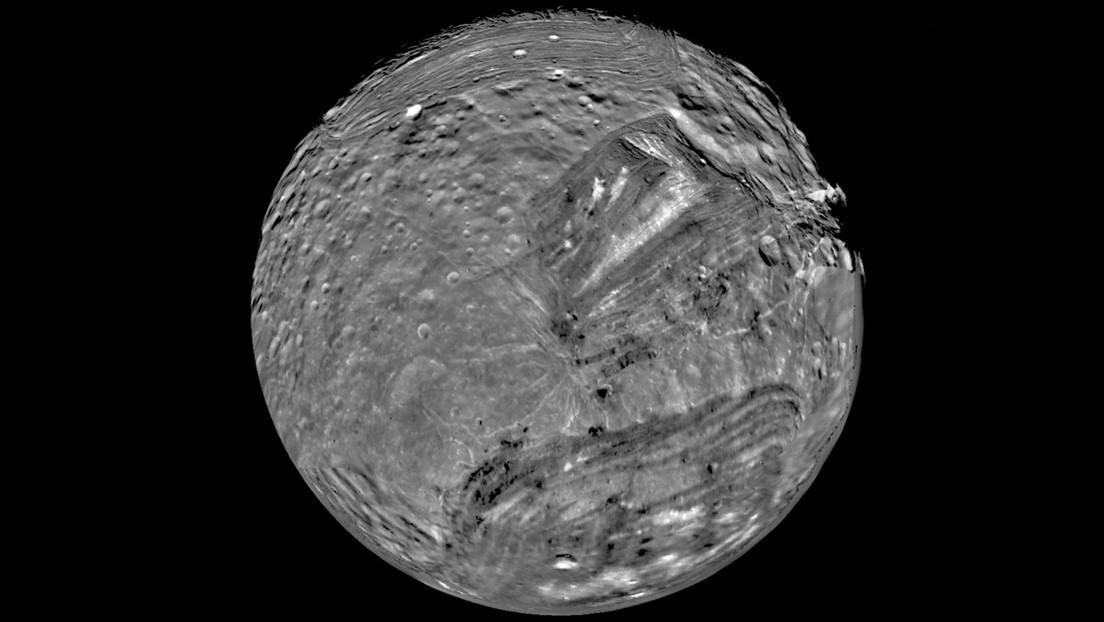 'Sono strani mondi ricchi di materia organica': la proposta di inviare una sonda sulle lune di Urano