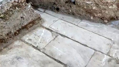Scoperta una pavimentazione antica nel centro di Palermo: forse antecedente il 1570