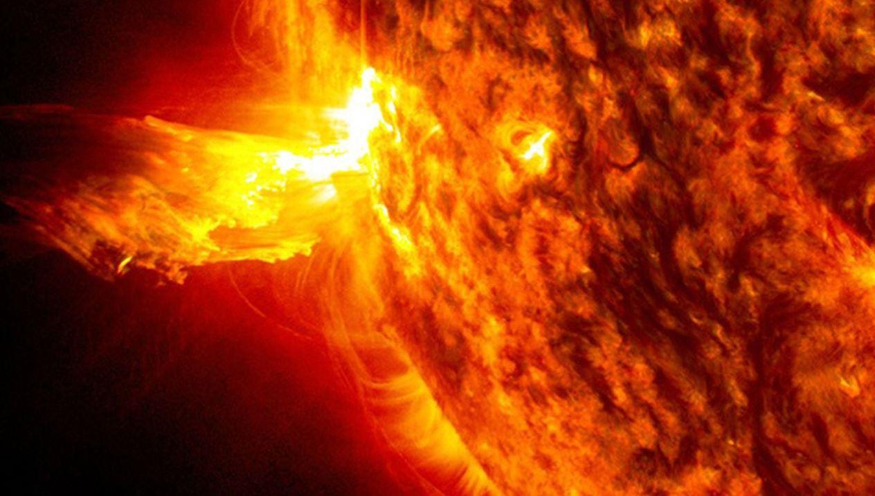 La Terra è stata investita da un'espulsione di massa coronale: quali conseguenze?