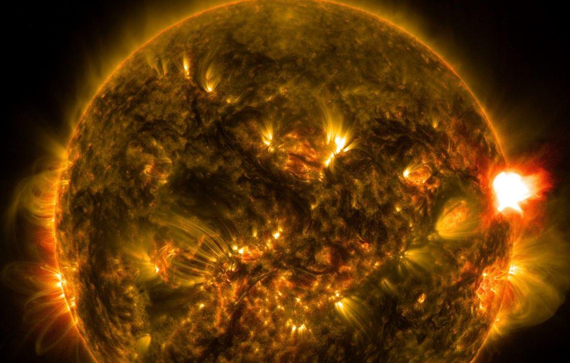 Nuova espulsione di massa coronale diretta verso la Terra: le conseguenze attese dagli esperti