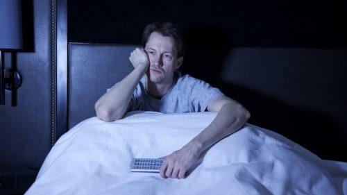 Il sonno degli uomini sarebbe influenzato negativamente dalla Luna piena. Lo studio