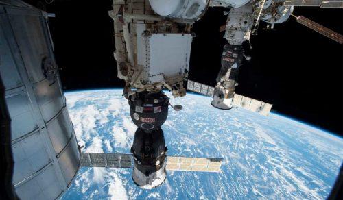 Panico nello spazio: rilevati fumo e odore di bruciato nel modulo russo della ISS
