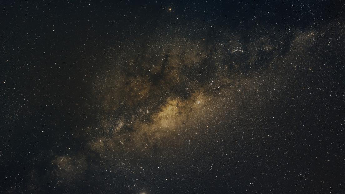 Spazio: uno strano segnale radio viene emesso dal centro della Via Lattea con regolarità