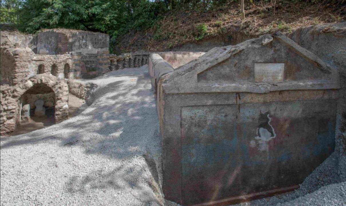 Pompei, tomba di Marcus Venerius Secundio: le ultime scoperte degli esperti dopo le analisi