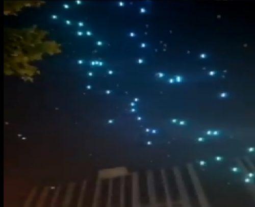 Cina: decine di droni precipitano sulla folla durante uno spettacolo di luci. Il video